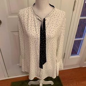 Whitehouse Blackmarket White wBlack Dora blouse